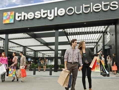 Sevilla Aeropuerto The Style Outlets
